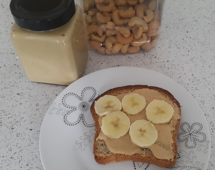 cashew-butter-serving-suggestion