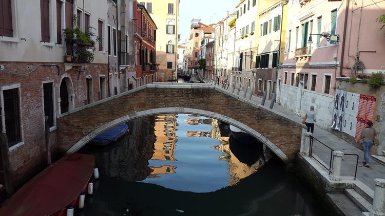 venice-waterway
